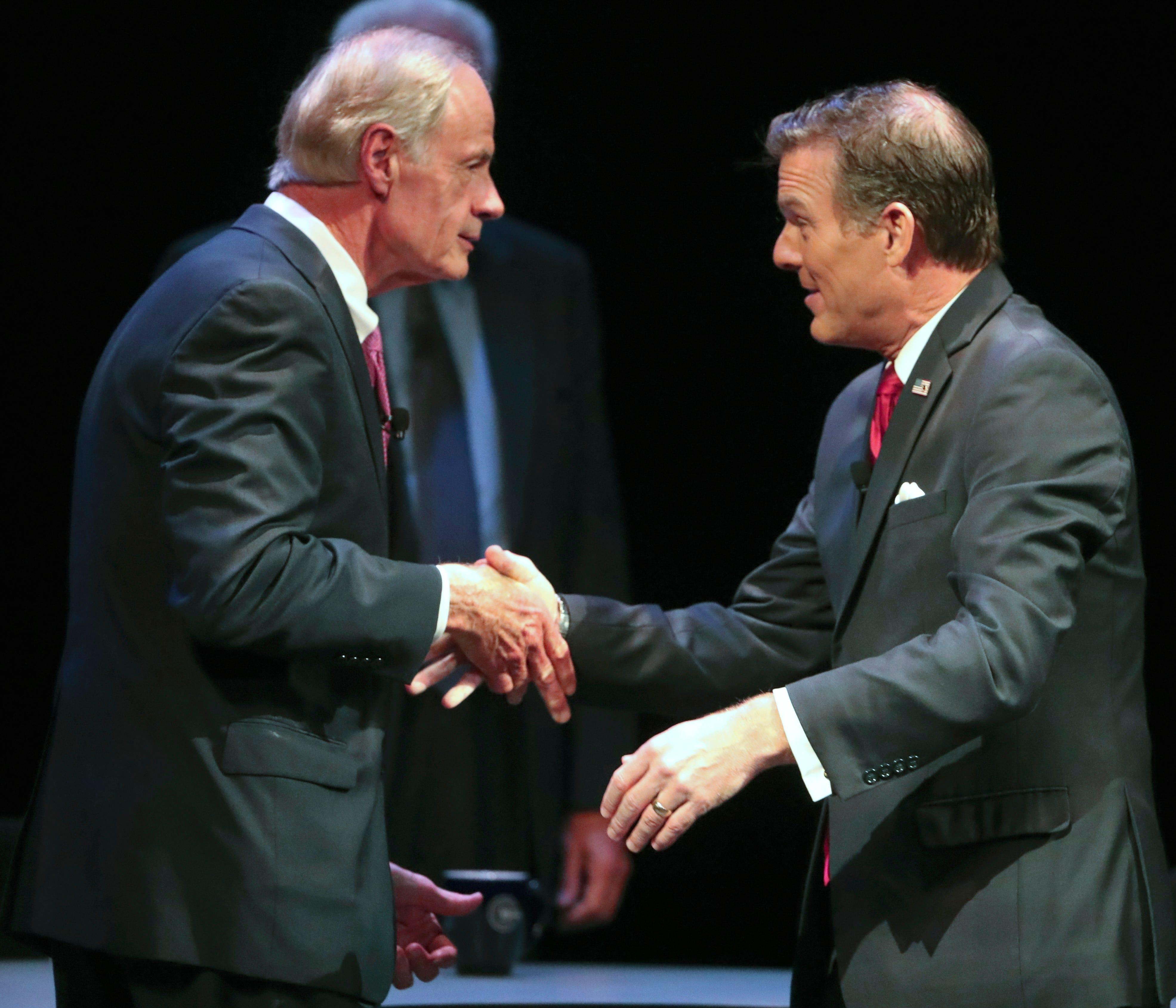 U.S. Sen. Tom Carper pressed about decades-old domestic violence incident during debate | Delaware Online