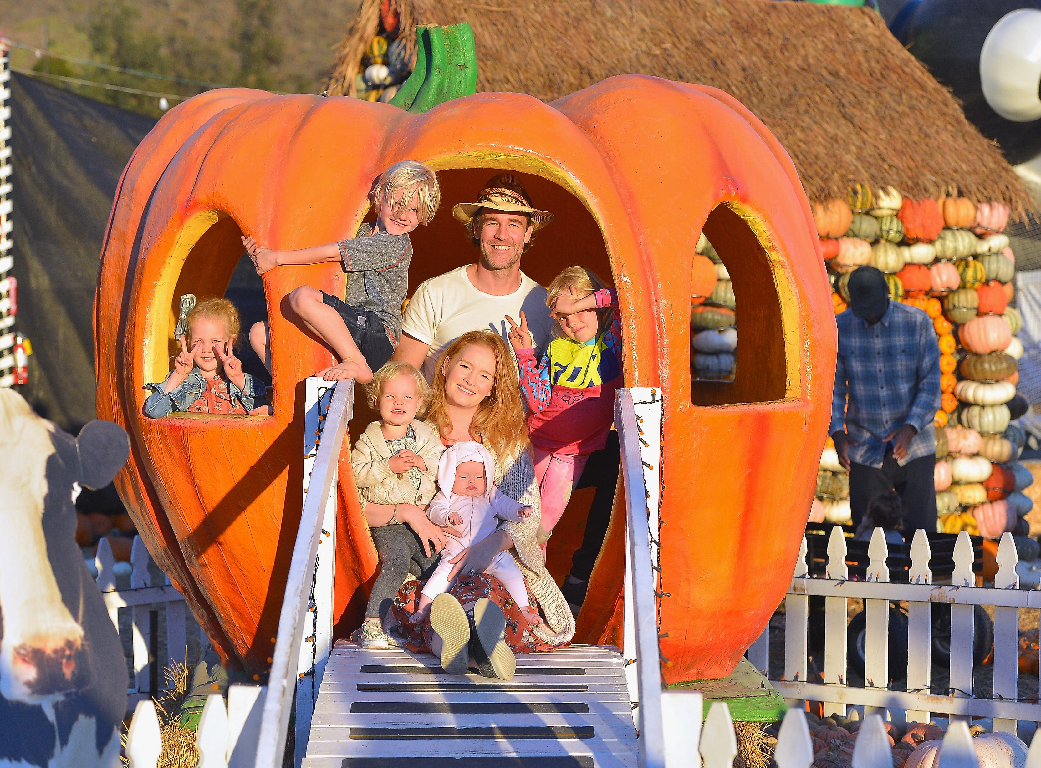 CULVER CITY, CA - OCTOBER 15:  James Van Der Beek, Kimberly Brook, Olivia Van Der Beek, Joshua Van Der Beek, Emilia Van Der Beek and Annabel Leah Van Der Beek attend The fairlife Family Fun Festival Hosted by fairlife Ultra-Filtered Milk at Mr. Bones Pumpkin Patch on October 15, 2018 in Culver City, California.  (Photo by Charley Gallay/Getty Images for fairlife ) ORG XMIT: 775241654 ORIG FILE ID: 1052220146