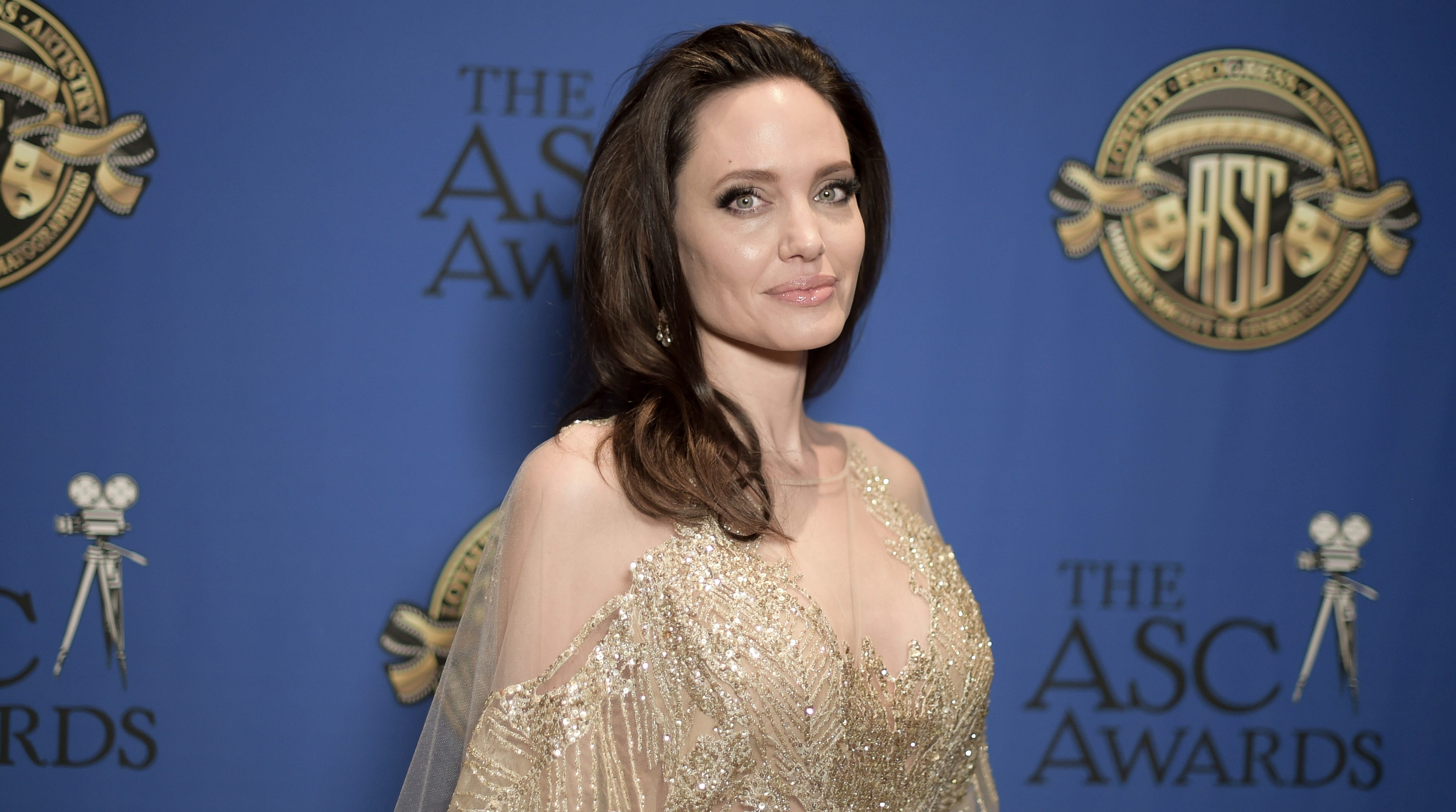 Back to blond! Angelina Jolie looks drastically different for new film