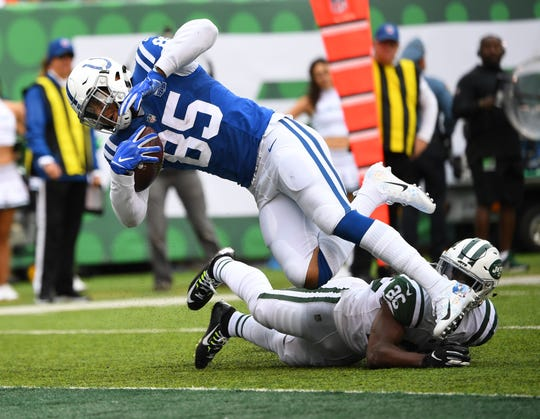 The Colts' Eric Ebron leads all tight ends with six touchdown receptions and is second in total fantasy points.