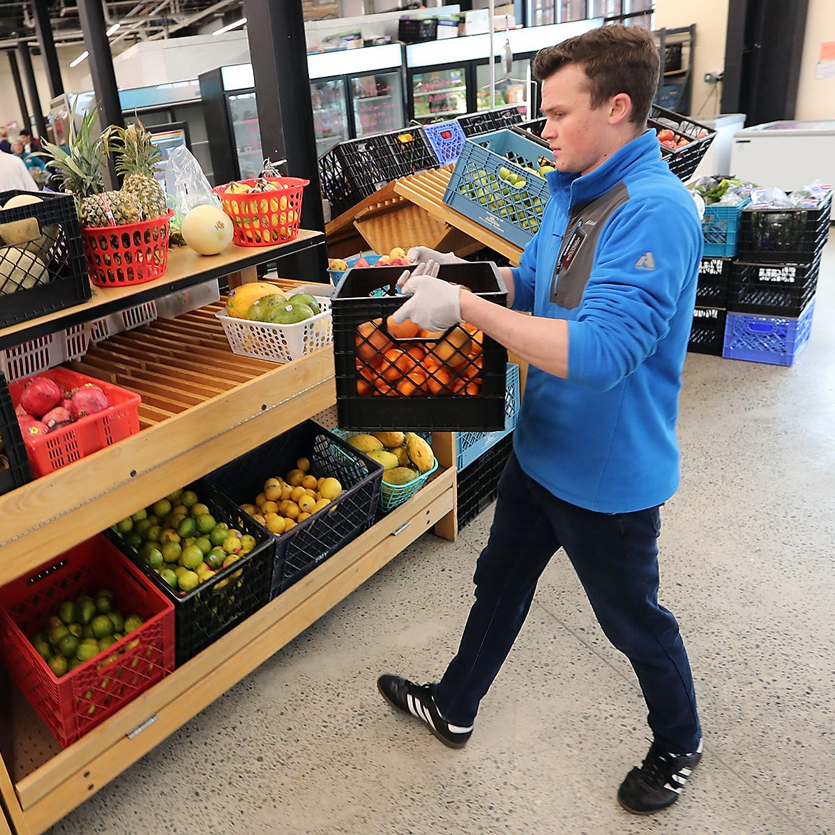 New Fishline food bank, services center opens in Poulsbo