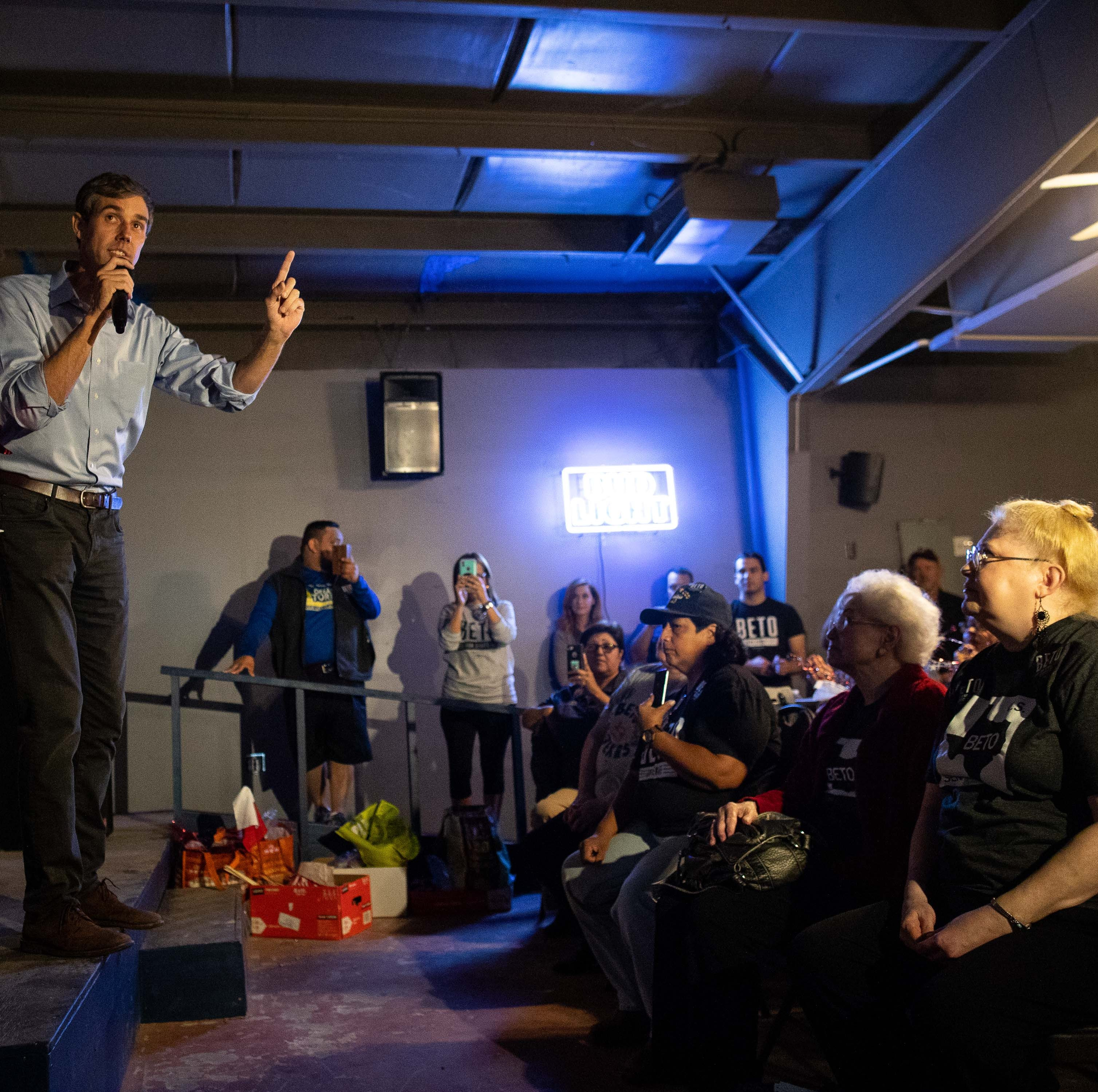 Beto O'Rourke talks veterans, teachers at VFW post near Sinton, Odem