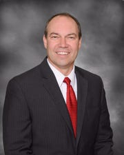 State Sen. Bob Peterson, R-Sabina,