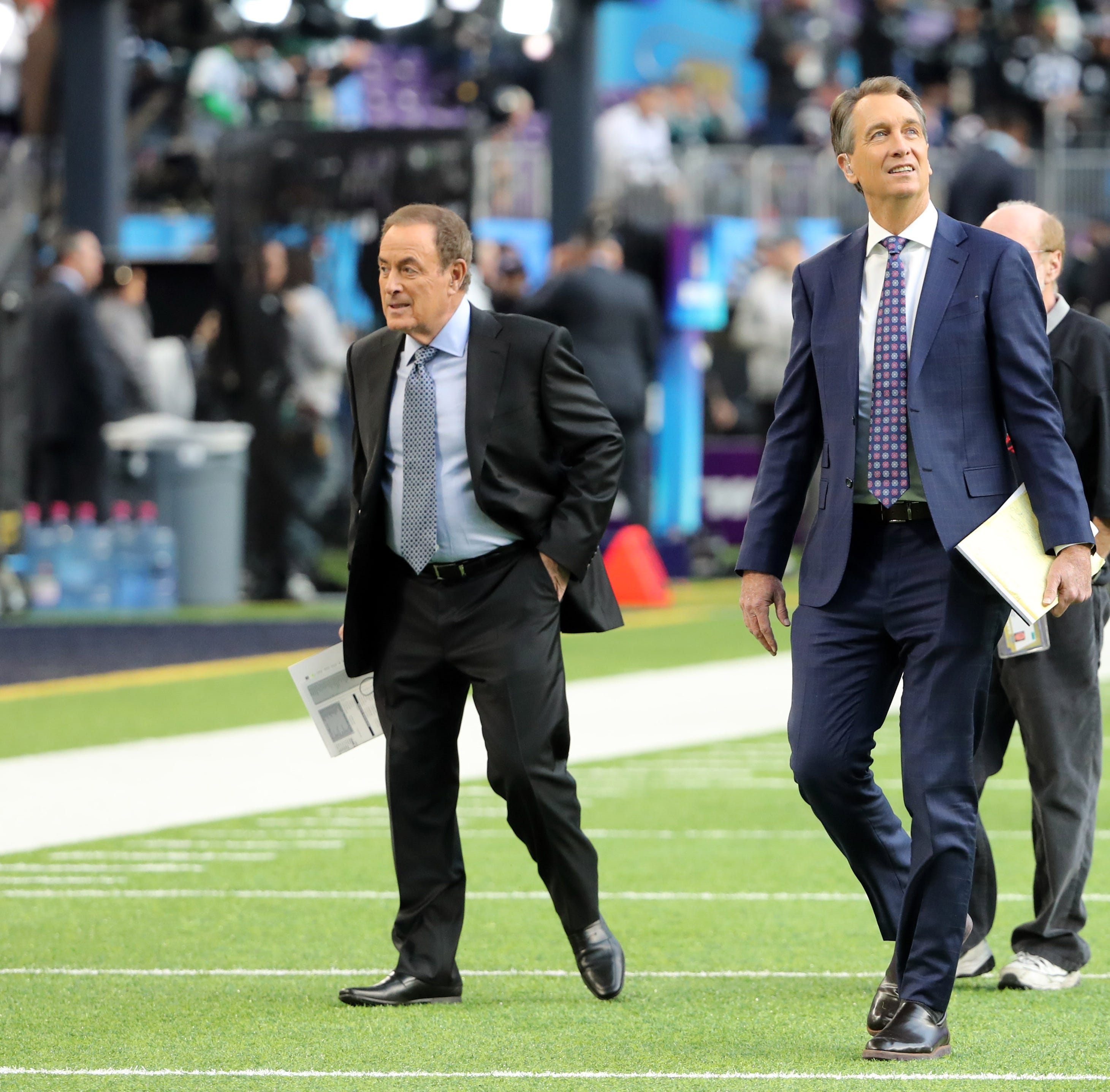 NBC changes up Cris Collinsworth slide on 'Sunday Night Football'