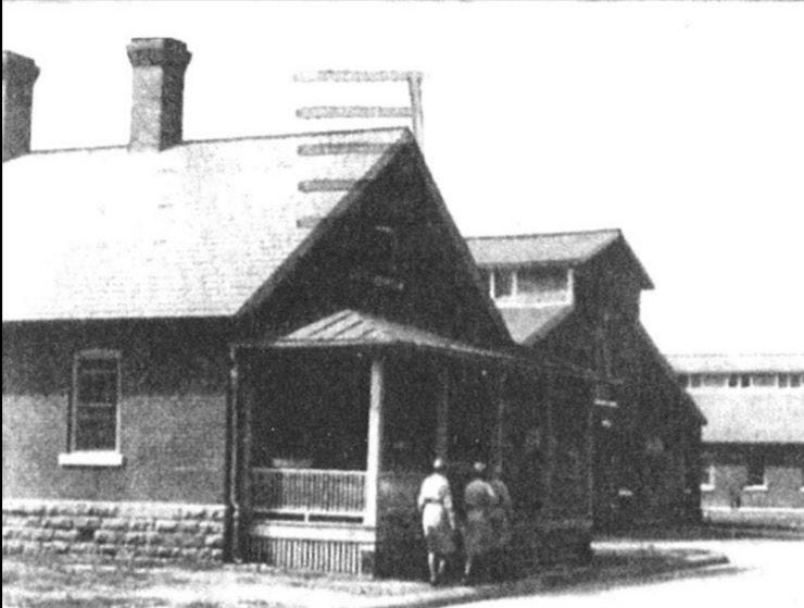 A view of the stables in 1943.