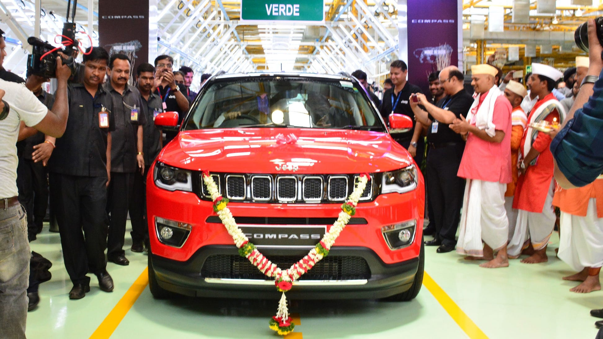 The first Indian-produced Jeep Compass rolls off the manufacturing line at FCA's Ranjangaon Joint Venture plant near Pune on June 1, 2017.