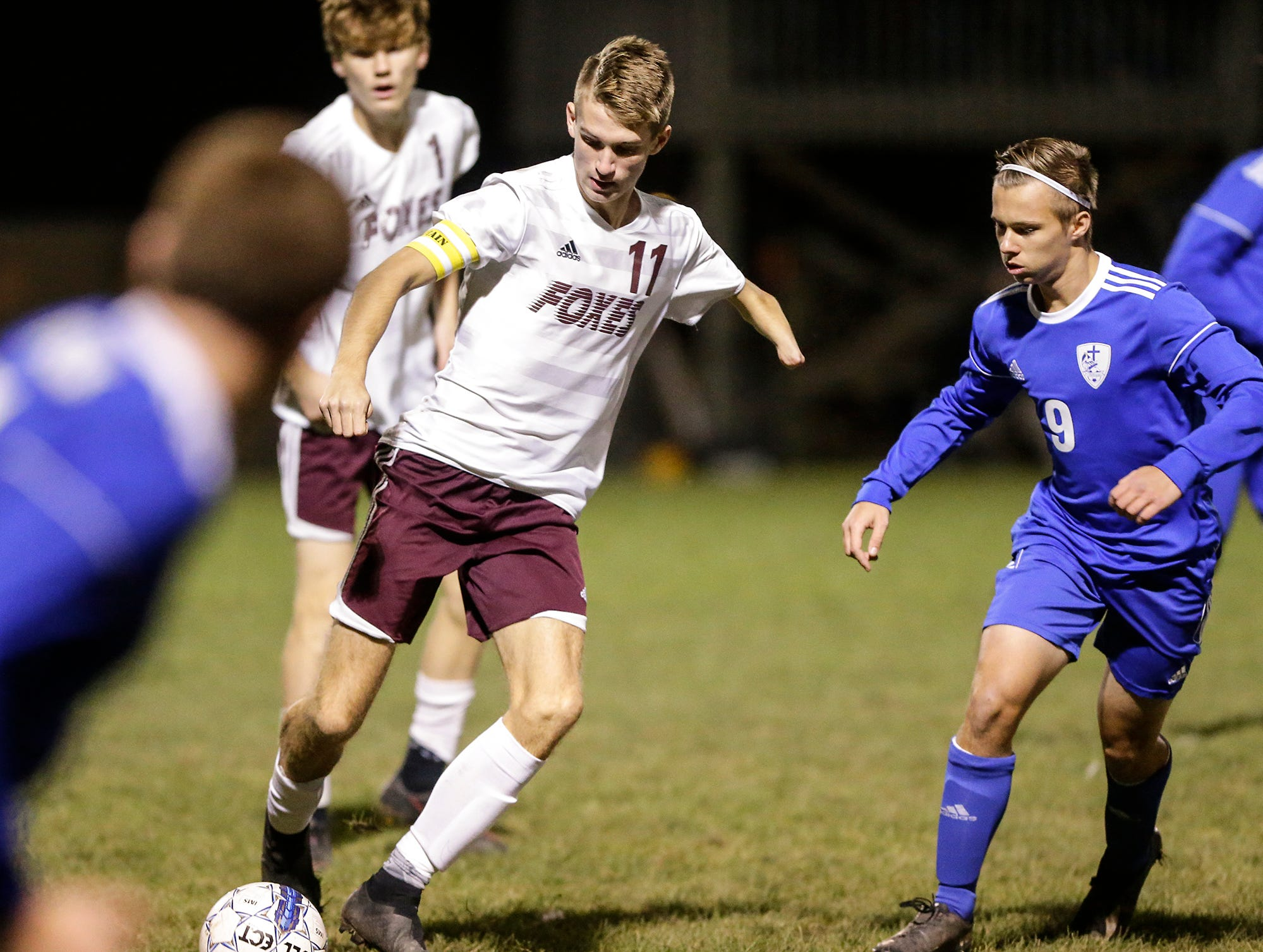 Omro High School soccer's Trevor Molitor works his way down the field against Winnebago Lutheran Academy during their WIAA regional playoff game Thursday, October 18, 2018 in Fond du Lac, Wisconsin. Doug Raflik/USA TODAY NETWORK-Wisconsin