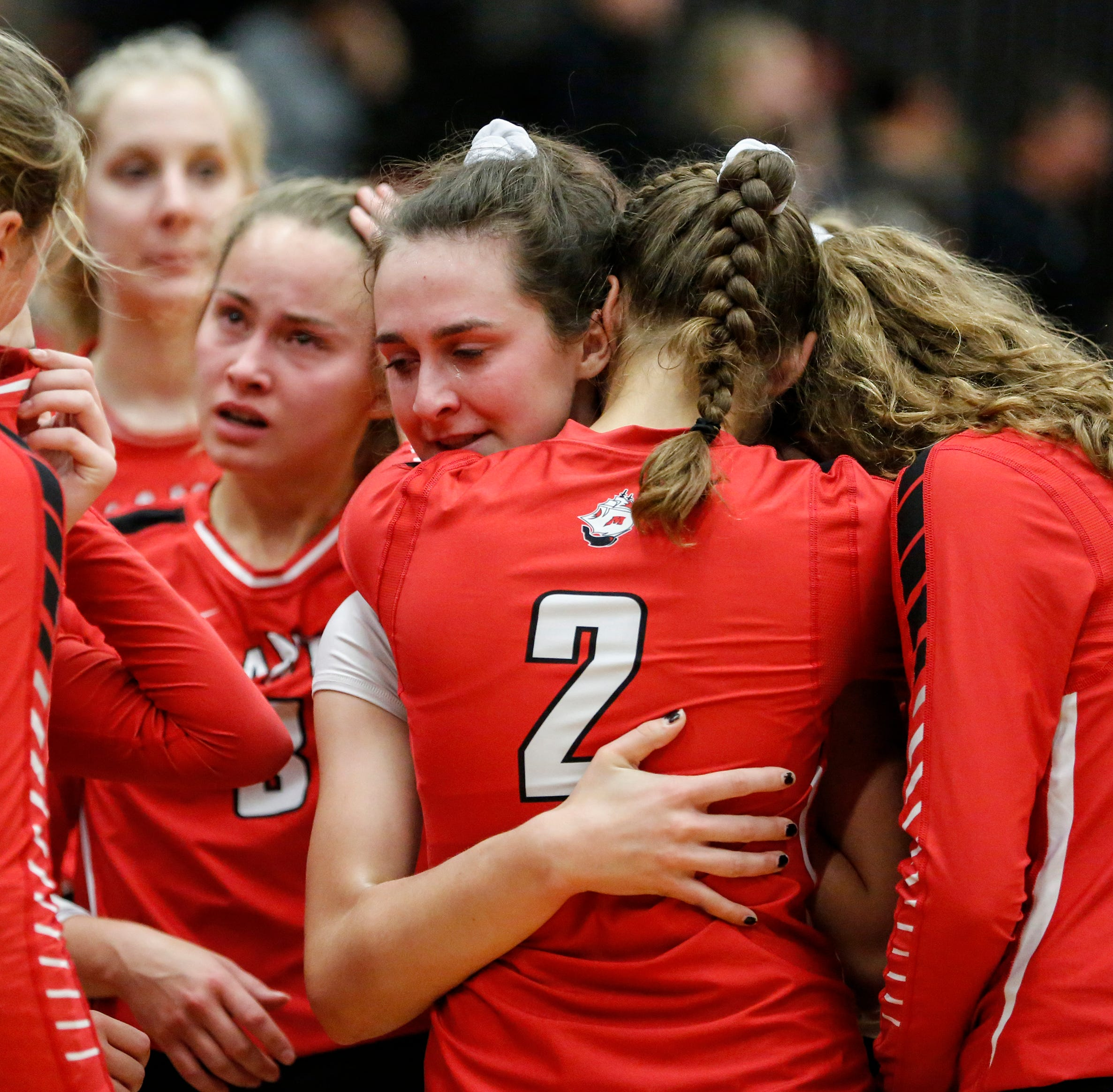 WIAA volleyball: Manitowoc Lincoln's season ends with valuable lesson for young Ships