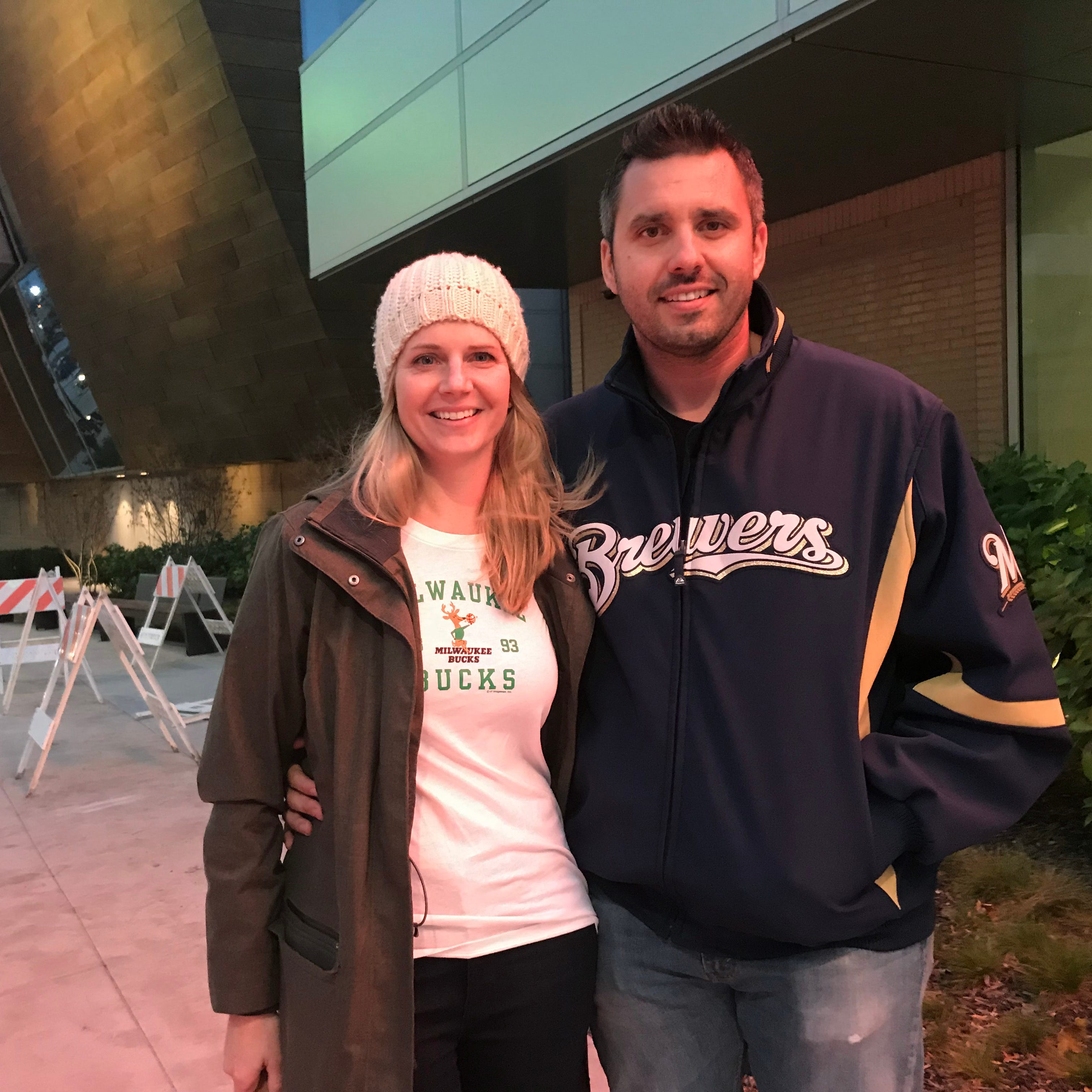 Miller Park, Fiserv Forum roar to life Friday night in big games for Brewers, Bucks