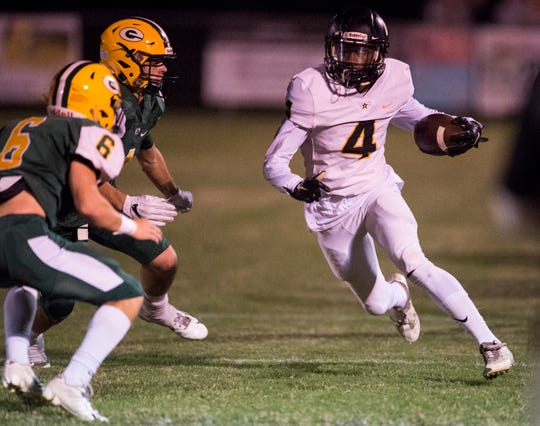 Autauga's Kendrick Rogers (4) makes a move up field after catching the ball against Edgewood at Autauga Academy in Prattville, Ala., on Thursday, Oct. 18, 2018.