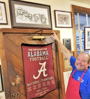 Alabama fan Jeff Davis is the owner of Shuford's Smoke House in Tennessee.