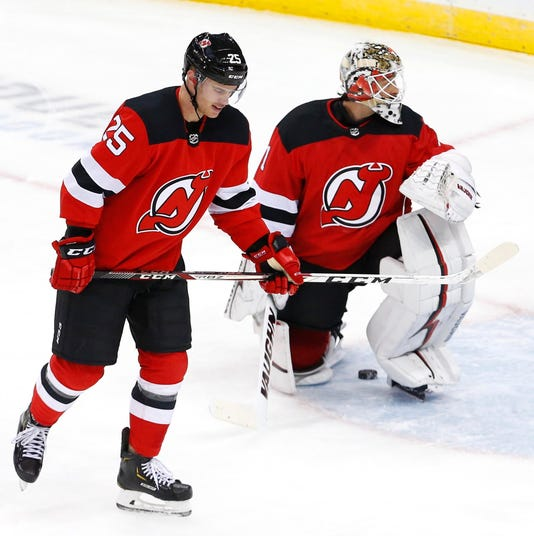 Nhl Colorado Avalanche At New Jersey Devils