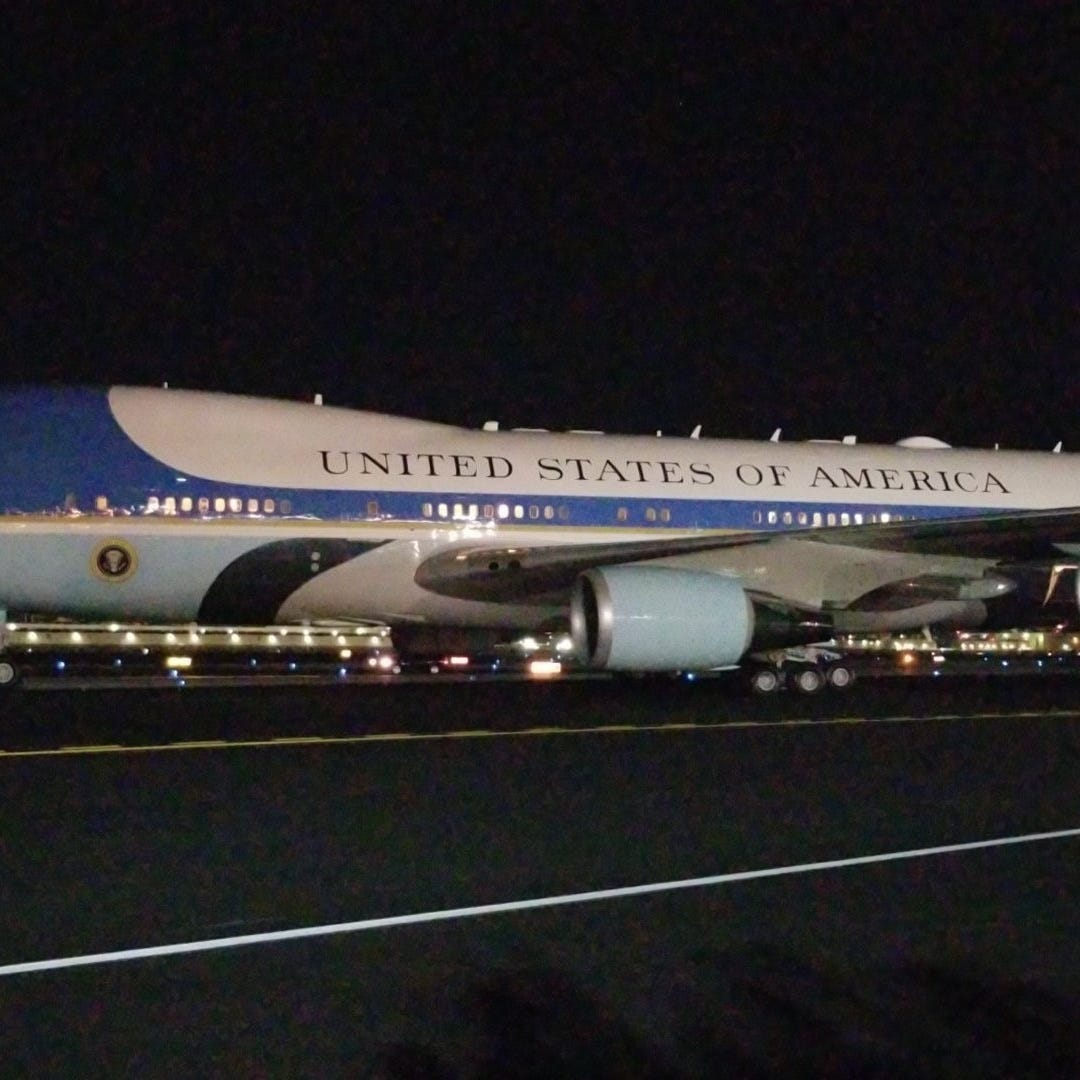 President Donald Trump lands in Phoenix ahead of Mesa rally