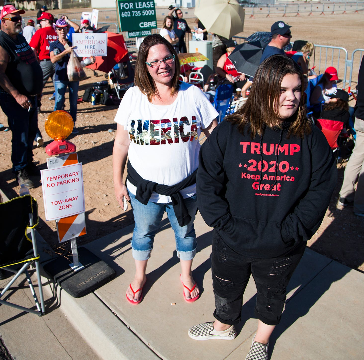 Trump in Arizona: Crowd of supporters let into Mesa venue