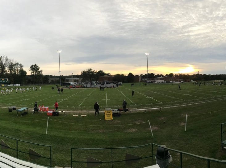 It's a perfect night for the YAIAA Division III clash between Delone Catholic and York Catholic.