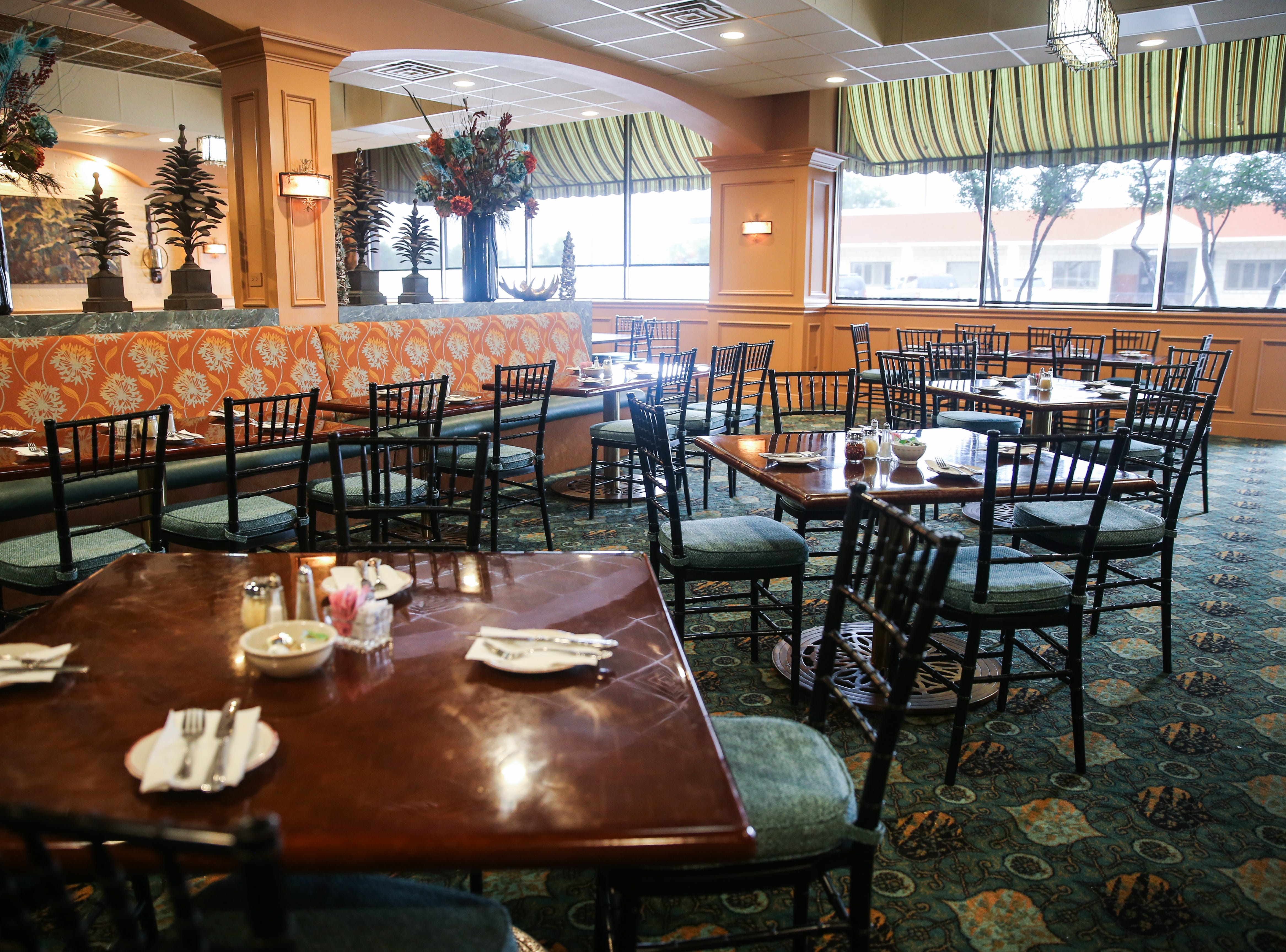 Napoli's Italian Restaurant opened at 421 S. Chadbourne St. in San Angelo.