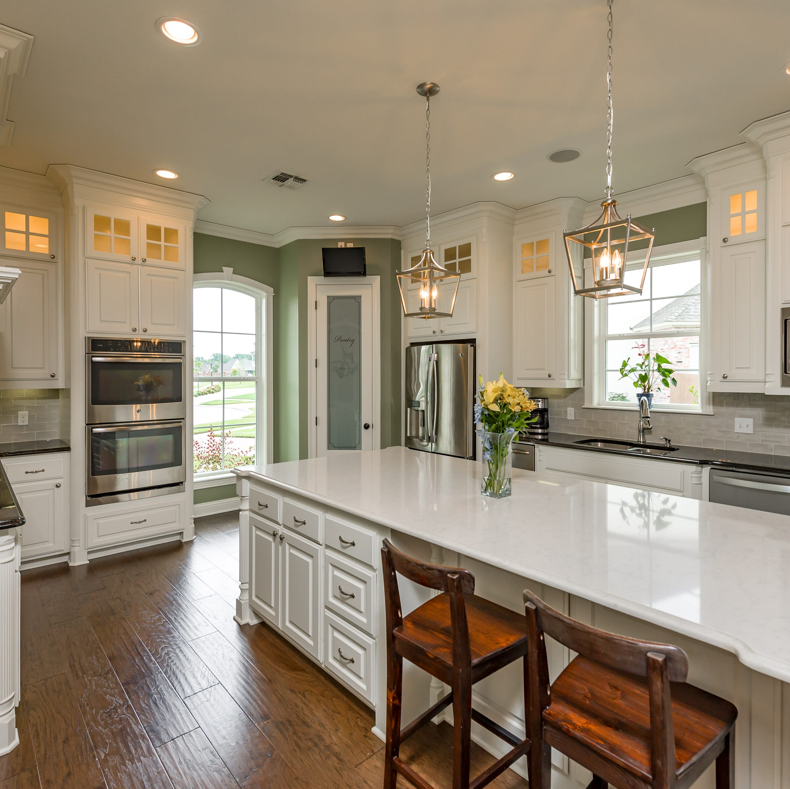 On the market: Homes with trendy designs