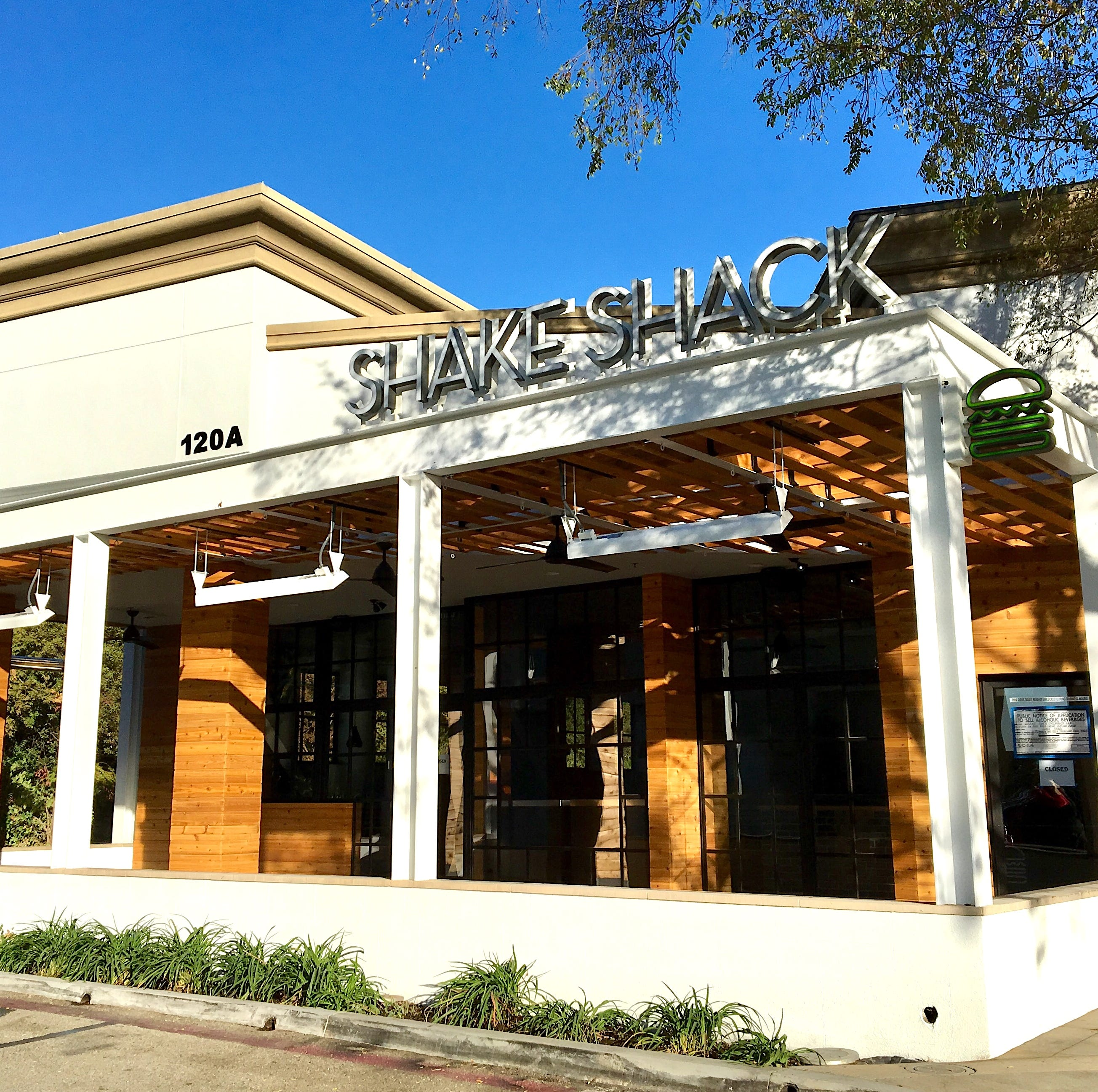 Open and shut: Shake Shack nears Ventura County debut with menu exclusives