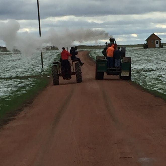 The Austrian documentary film crew spent some time on the Kurt Umnus farm, where they got footage of a steam-powered tractor.