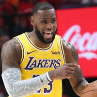 47b85dc8e4a LeBron James  Lakers  return to Showtime won t be short and sweet