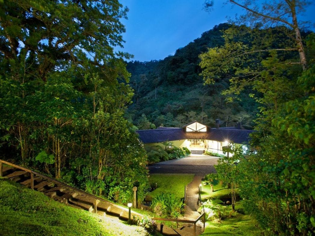 El Silencio Lodge & Spa is a good match for those looking for chic eco-accommodations in a mountain setting.