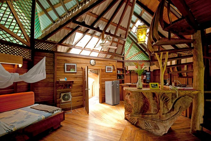 naturally beautiful eco lodges in costa rica. Black Bedroom Furniture Sets. Home Design Ideas