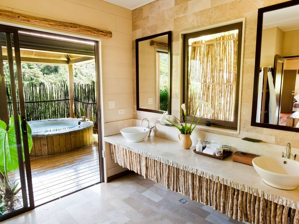 Guests at El Silencio Lodge & Spa can be surrounded by nature while still enjoying luxe amenities like outdoor hot tubs, a spa, and a yoga deck.