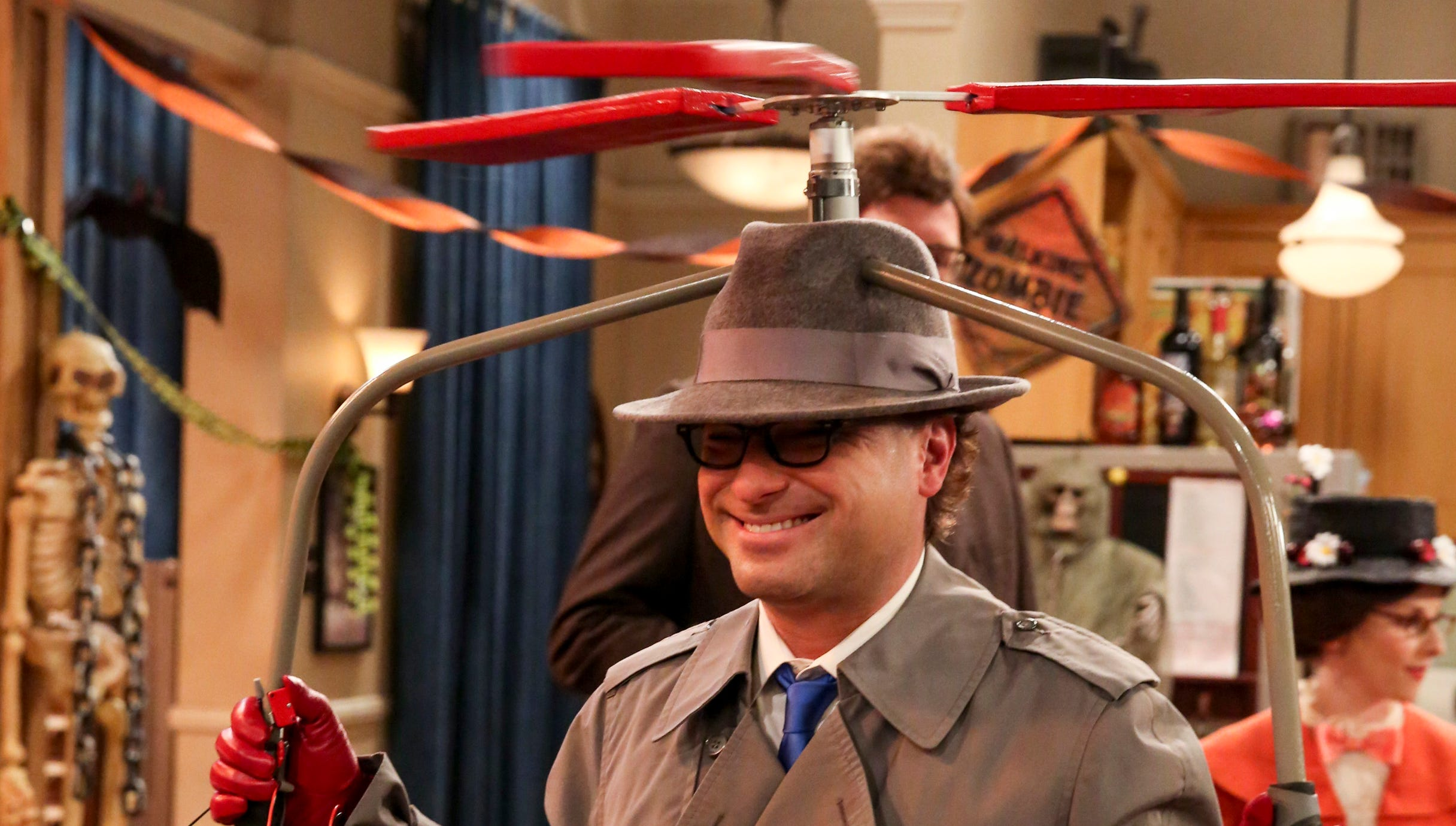 see the outrageous last 'big bang theory' halloween costumes ever