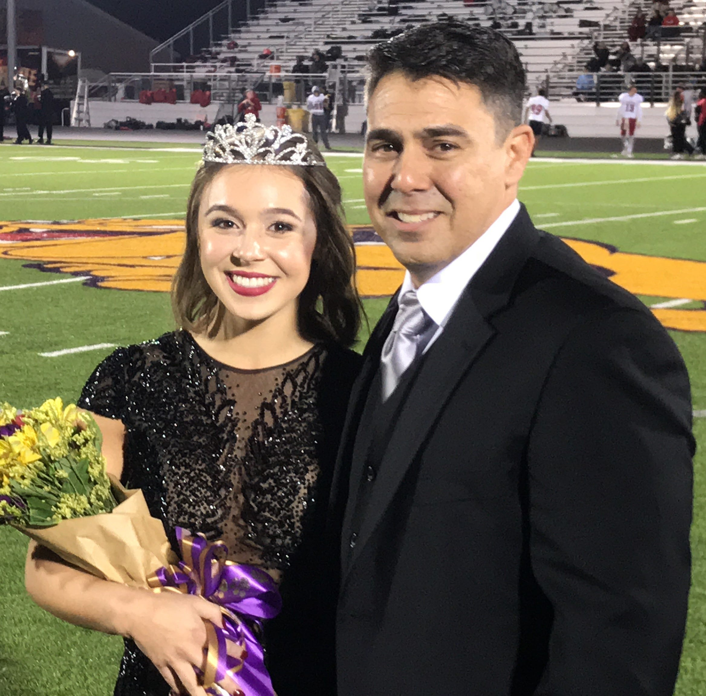 Royalty reigns over rain at Abilene Cooper, Wylie games