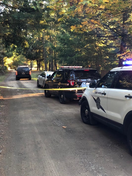 Detectives investigating two deaths in Mason County