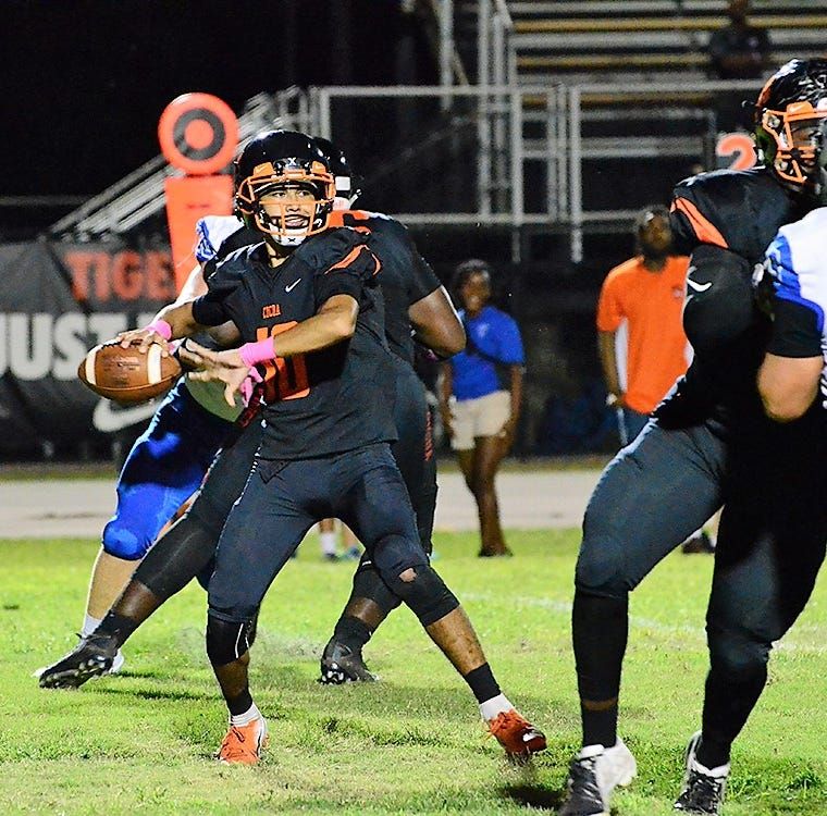 Rockledge, Heritage clinch district football titles