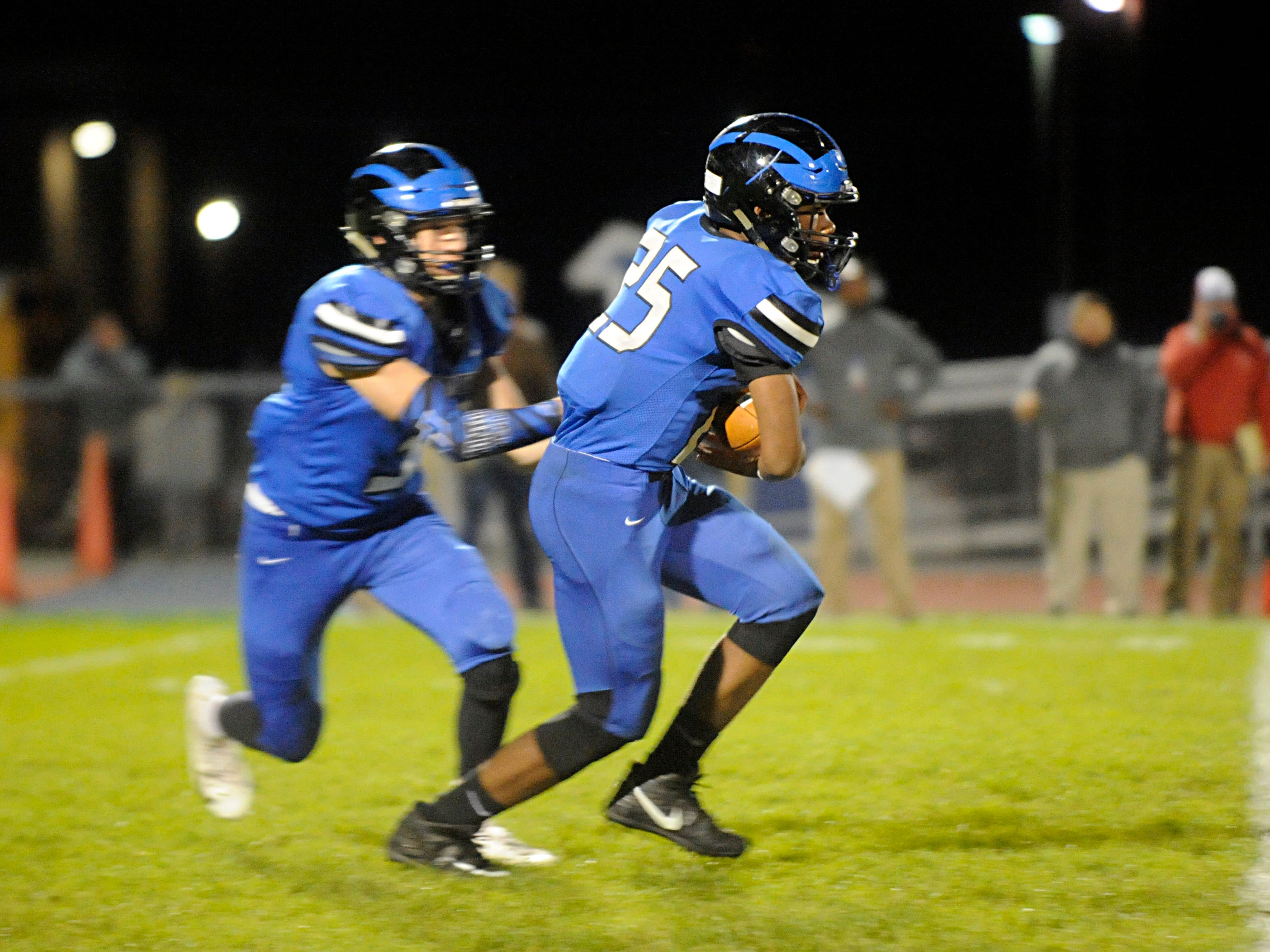 Hammonton's Jaiden Abrams runs for a gain against Eastern. The visiting Vikings topped the Blue Devils, 13-12, on Friday, October 19, 2018.