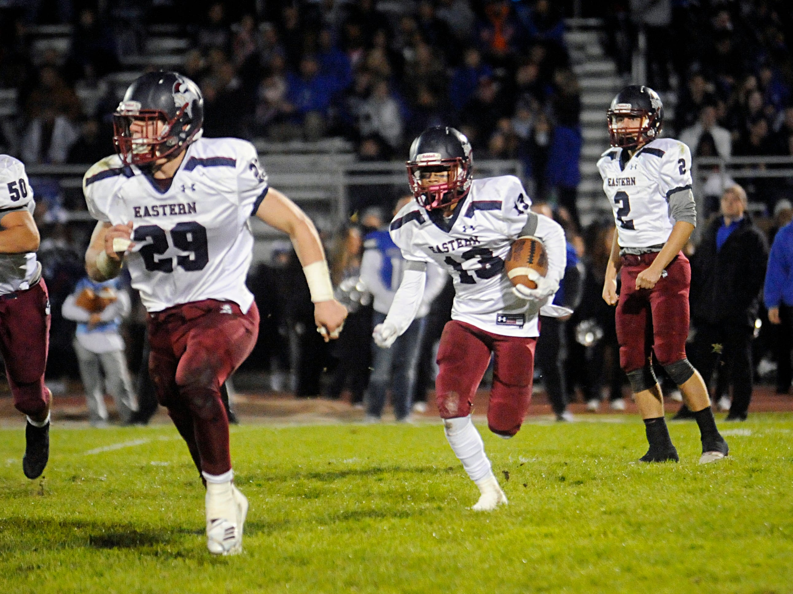 H.S. football: Eastern survives dogfight to extend winning streak