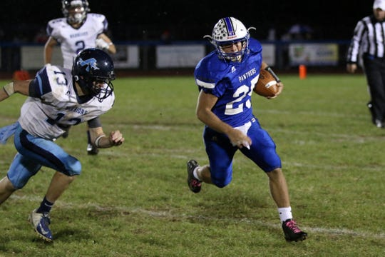 Southeastern quarterback Lane Ruby runs the ball during a 33-30 loss to Adena in 2018.