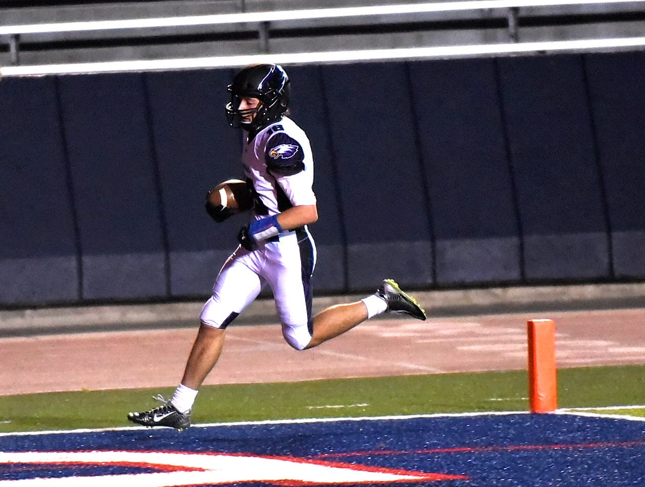 Julian Hermann hauls the rock to the endzone for a CHCA touchdown, October 19, 2018.