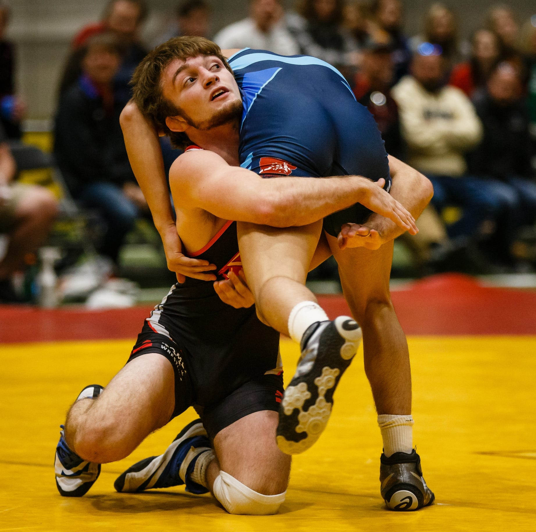 Wrestling takeaways: Elite Iowa prep wrestlers shine at Agony in Ames showcase