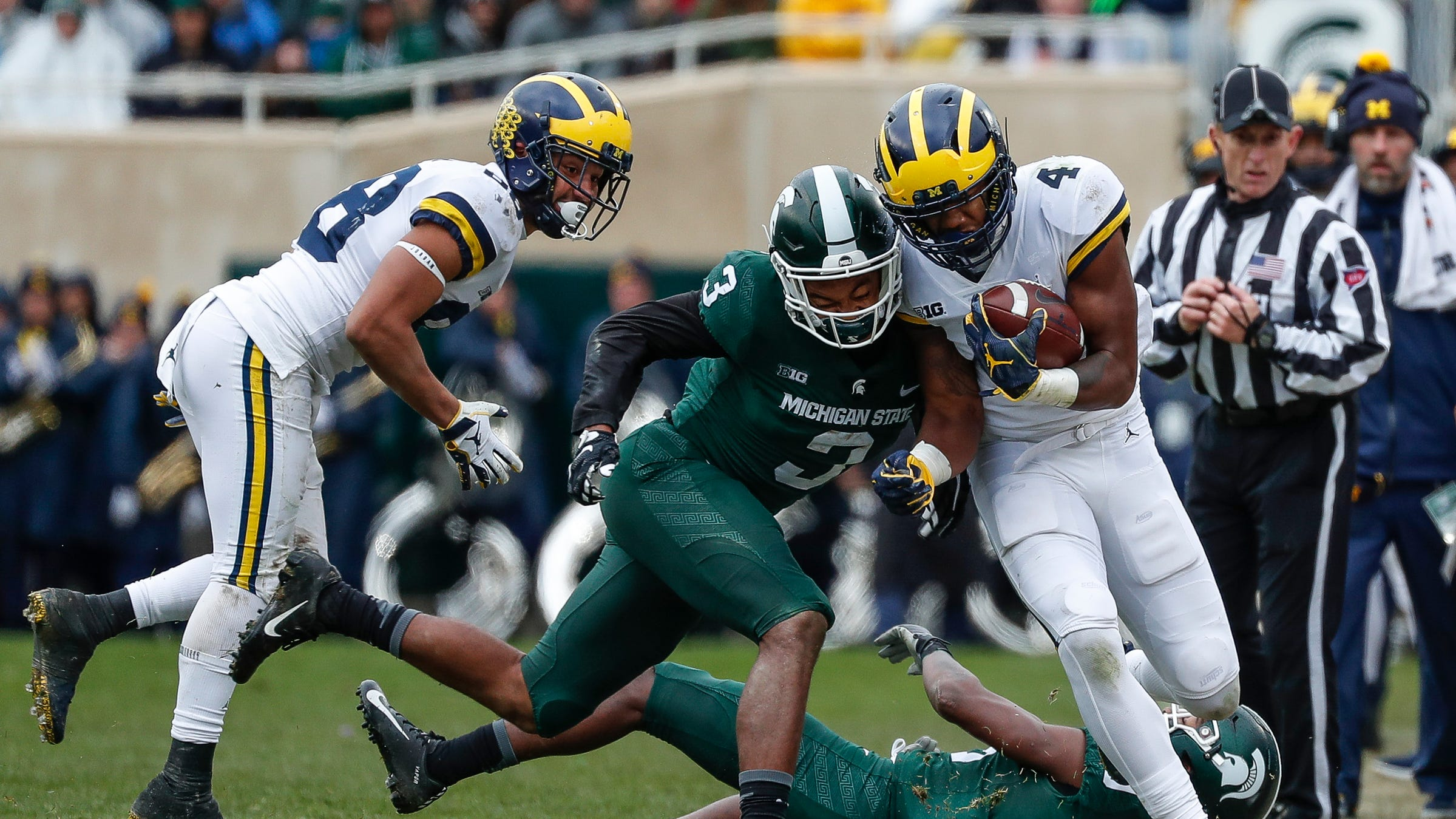 Michigan football up to No. 5 in AP top 25; MSU gets just a few votes