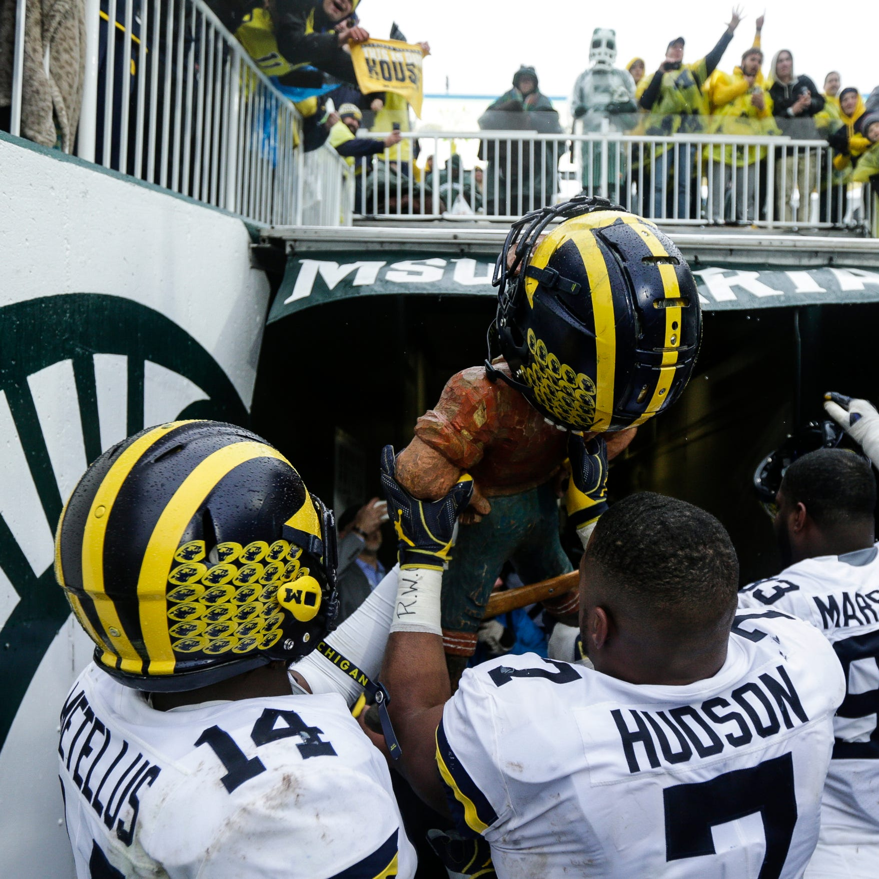 Michigan football pushes Michigan State around in physical 21-7 win