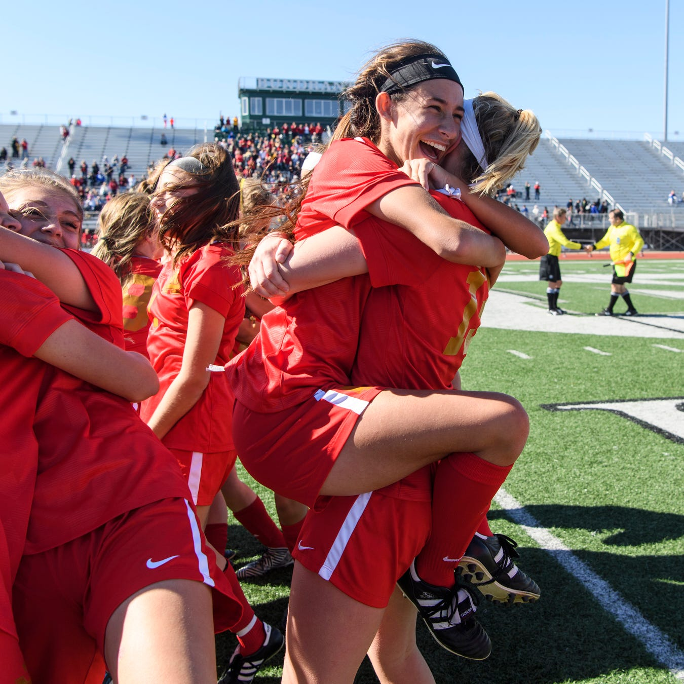 Mater Dei advances back to state with victory over Park Tudor