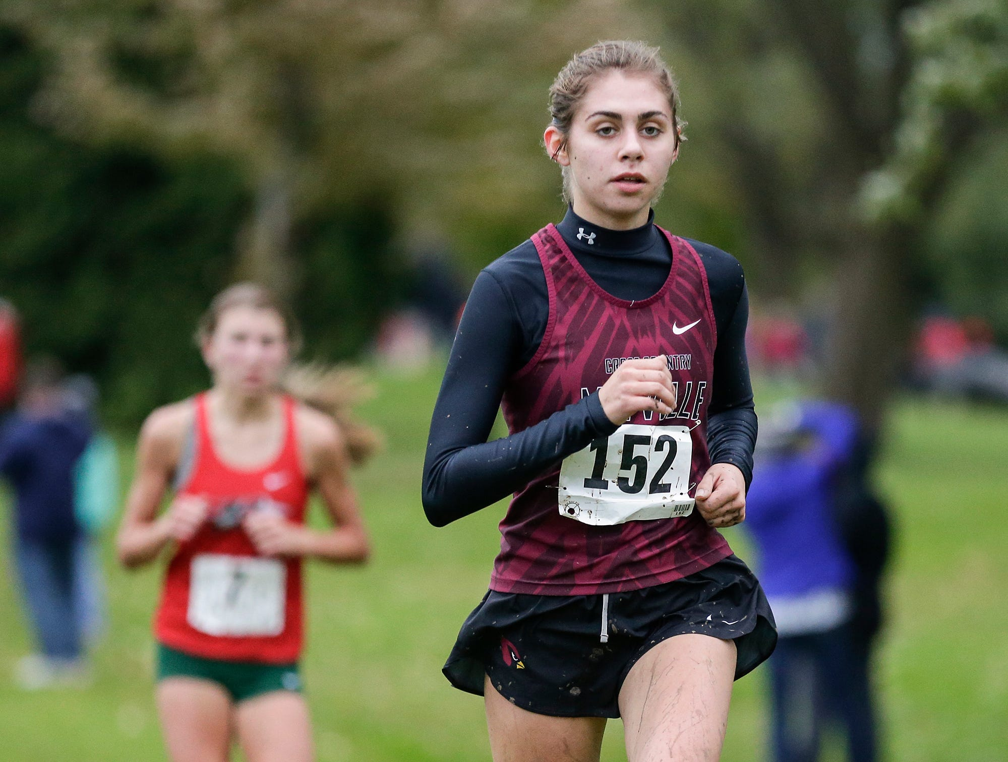 Mayville High School's Mallory Firari runs in the WIAA Division two Mayville sectional cross country meet at the Mayville golf course Friday, October 19, 2018. Doug Raflik/USA TODAY NETWORK-Wisconsin