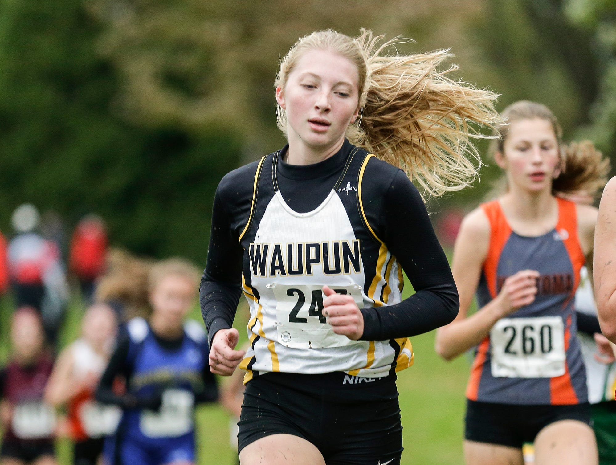 Waupun High School's Peyton McGinnis runs in the WIAA Division two Mayville sectional cross country meet at the Mayville golf course Friday, October 19, 2018. Doug Raflik/USA TODAY NETWORK-Wisconsin