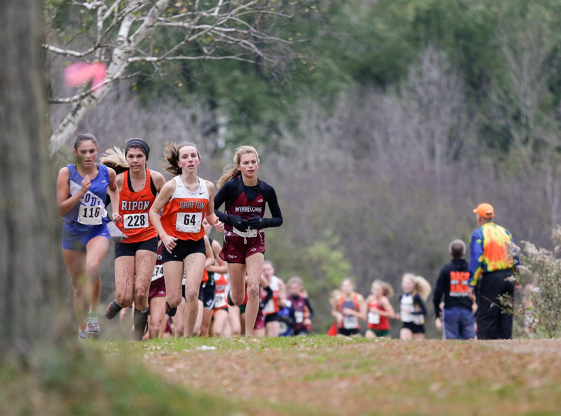 15 area High Schools compete in the WIAA Division two Mayville sectional cross country meet at the Mayville golf course Friday, October 19, 2018. Doug Raflik/USA TODAY NETWORK-Wisconsin