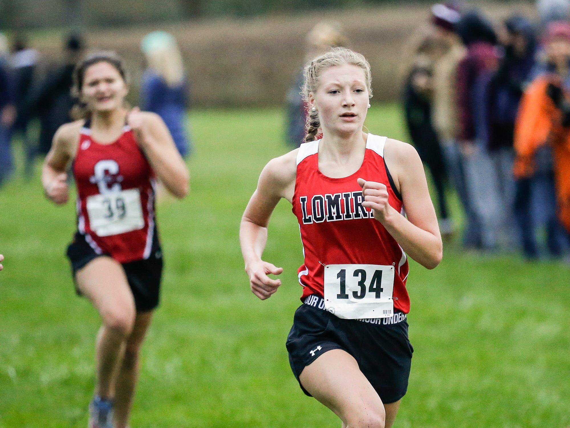 Lomira High School's Madelyn King runs in the WIAA Division two Mayville sectional cross country meet at the Mayville golf course Friday, October 19, 2018. Doug Raflik/USA TODAY NETWORK-Wisconsin