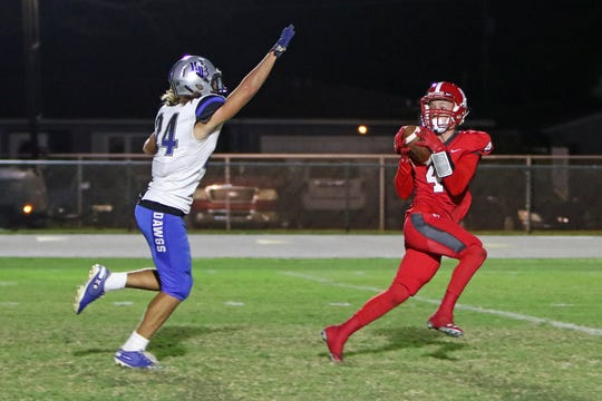 North Fort Myers' Clayton Savinsky breaks the school record for receiving yards in a season.