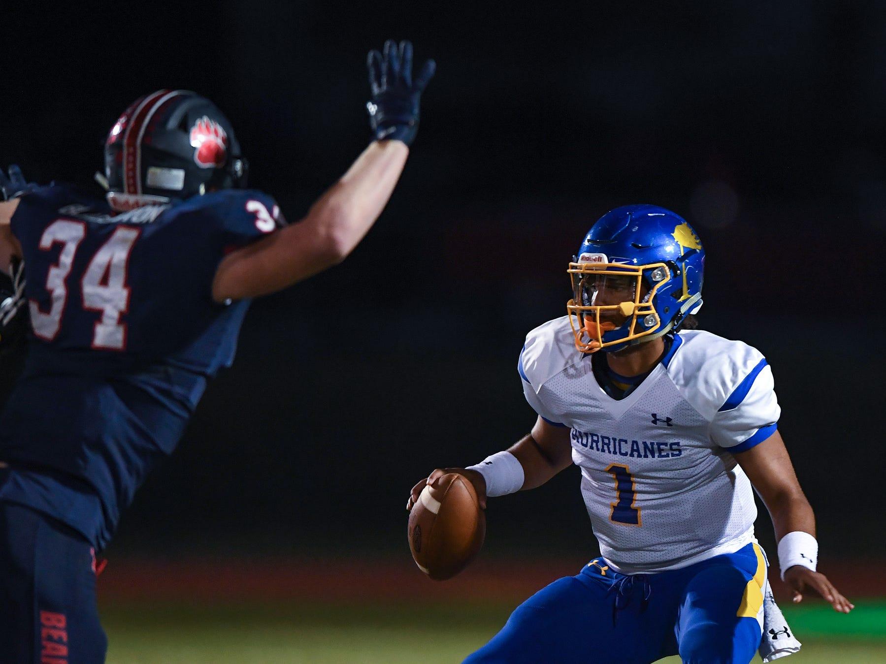 Wren quarterback Tyrell Jackson (1) plays against Belton-Honea Path Friday, October 19, 2018 at Belton Honea Path's Marlee Gambrell Field.