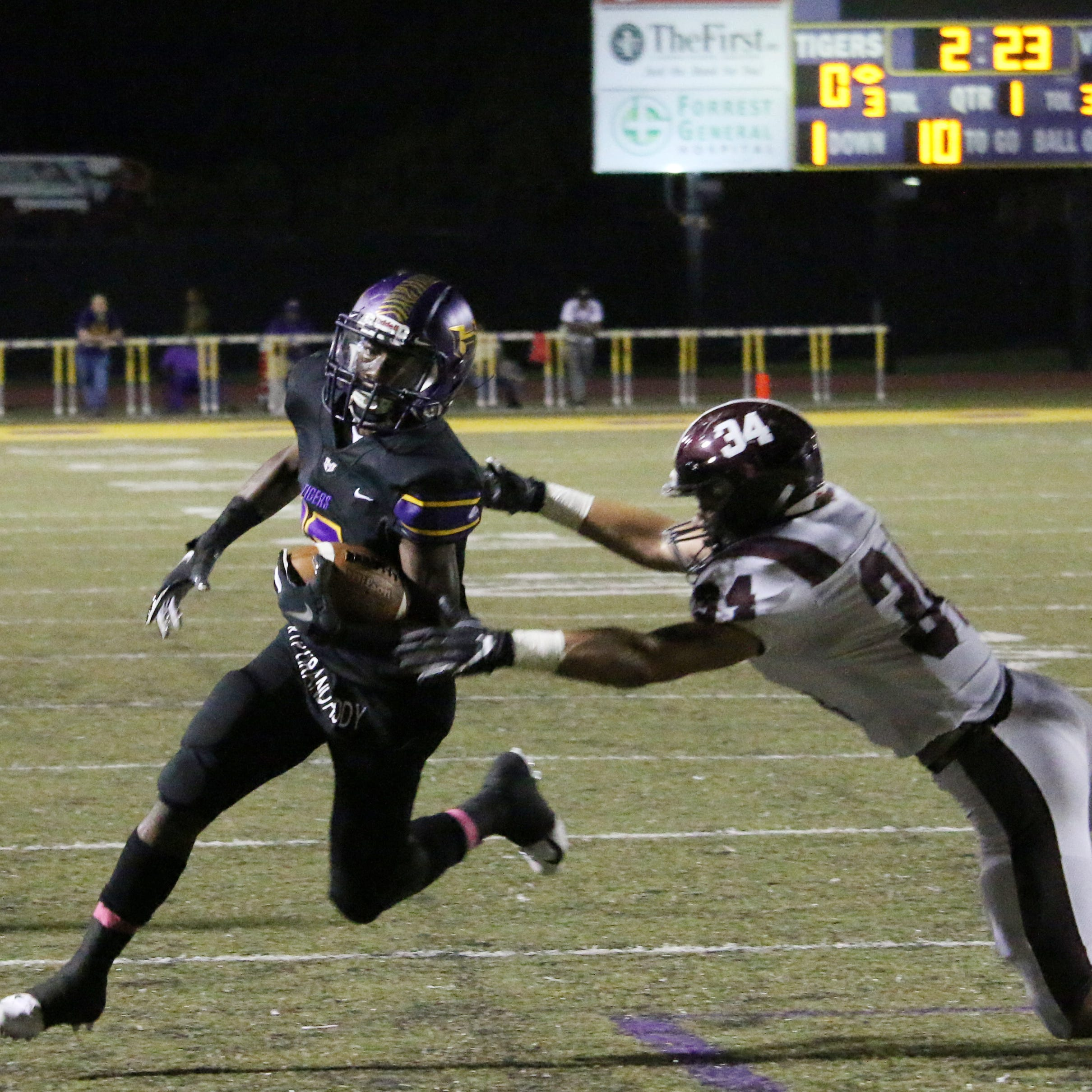 Hattiesburg escapes with 49-35 win over Picayune, remains unbeaten