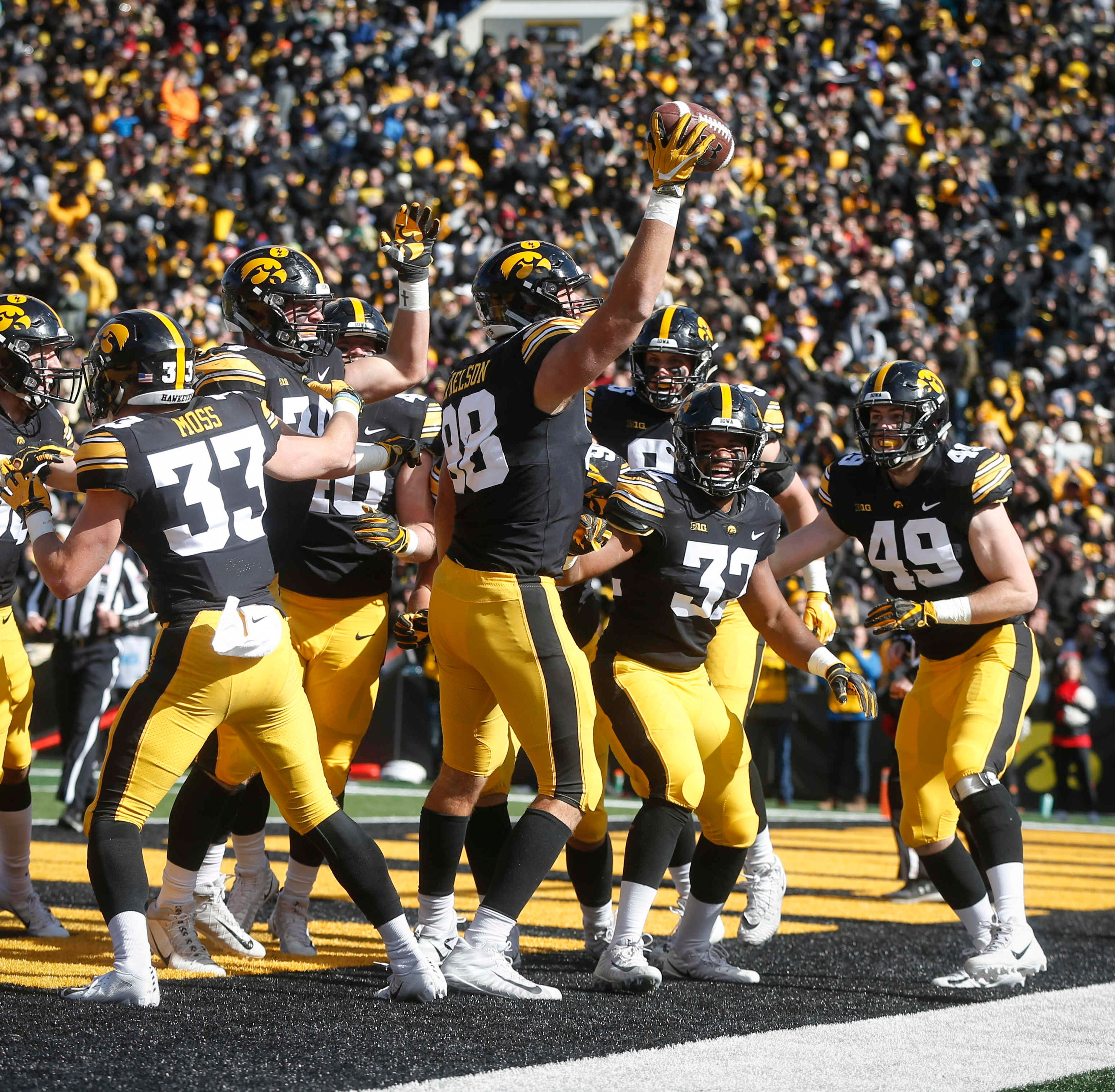 Leistikow: Evolving Hawkeyes continue to adapt, win ... and impress their coach
