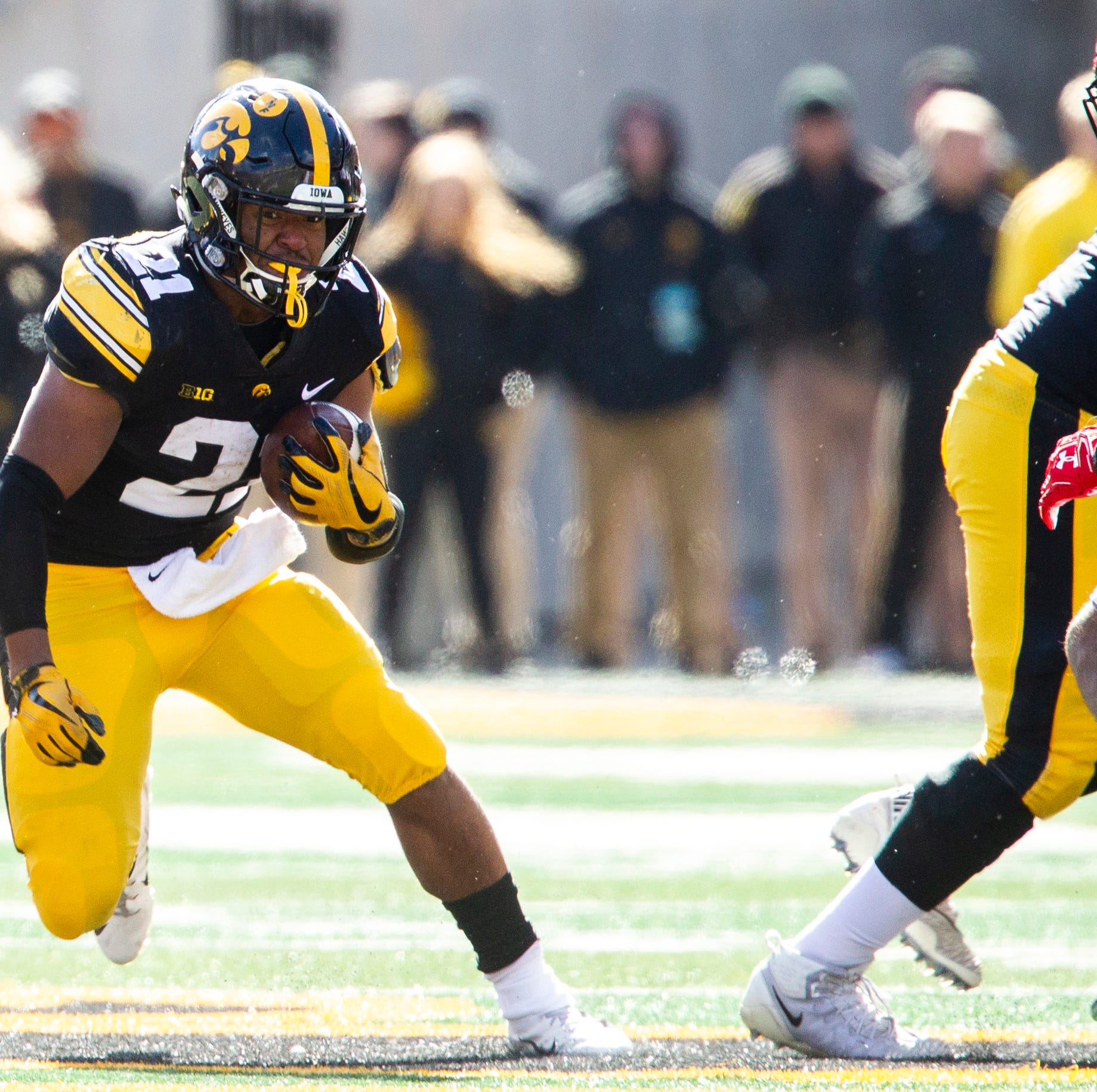 Leistikow's DVR Monday: Clever run game, educated defense helped Iowa stump Maryland