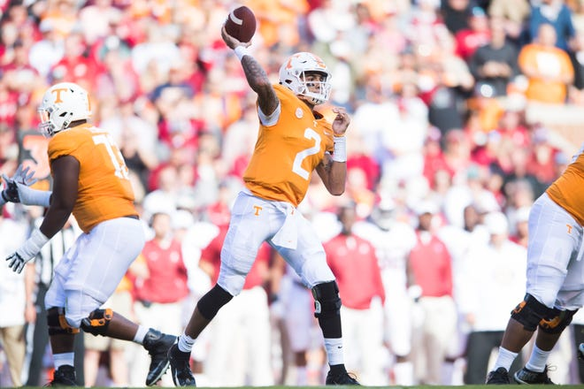 Tennessee quarterback Jarrett Guarantano (2) throws a pass during a game between Tennessee and Alabama at Neyland Stadium in Knoxville, Tennessee on Saturday, October 20, 2018.