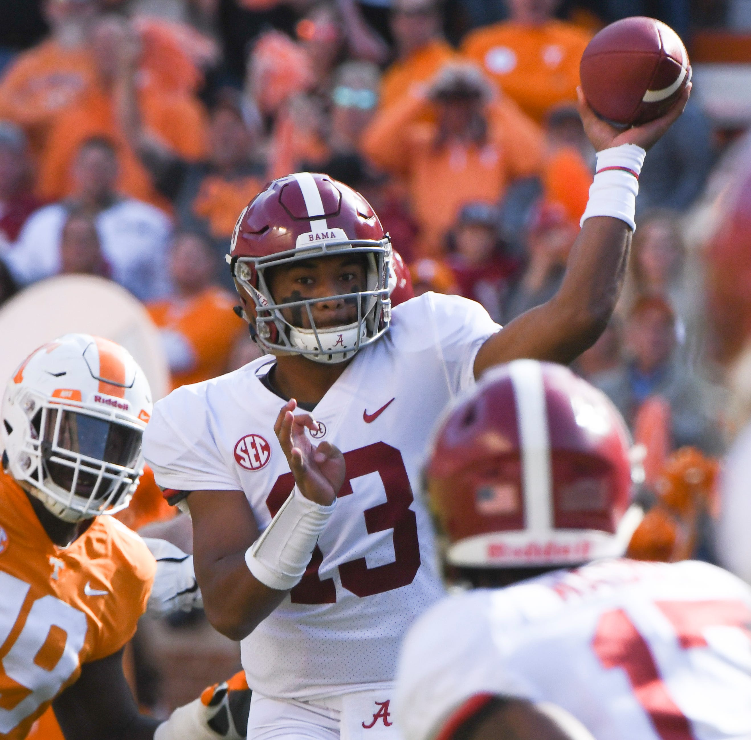 UT Vols: Alabama leads 44-14 in third quarter, Guarantano not returning to game